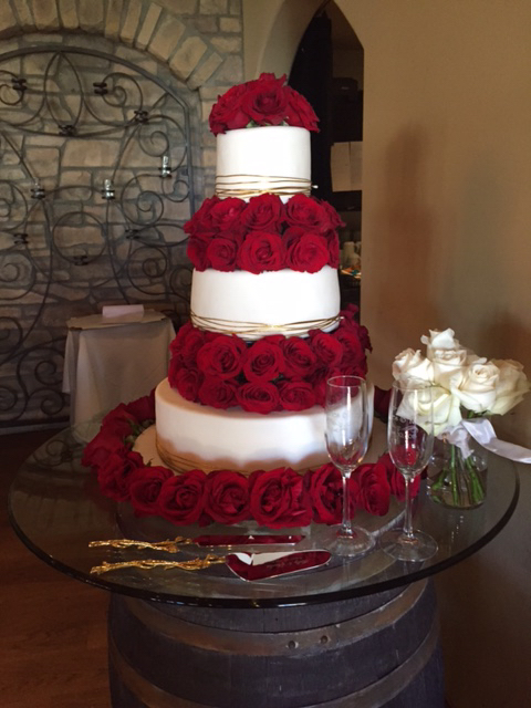 Sugar and Roses Wedding Cake - Cooking on the American Riviera ...