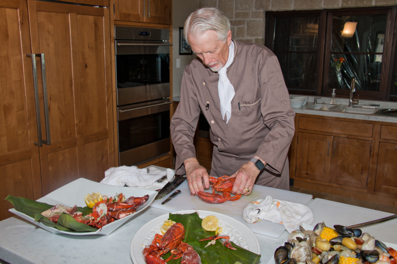 Cutting lobster